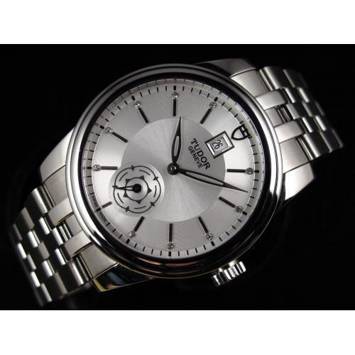 瑞士男表 帝陀骏珏运动系列独立小秒全钢钢带金自动机械白面男士手表
