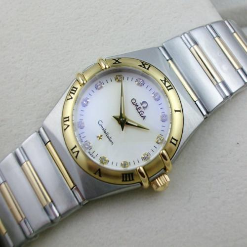 瑞士欧米茄OMEGA星座系列 石英18K金两针女表 瑞士ETA机芯 纹路女士手表