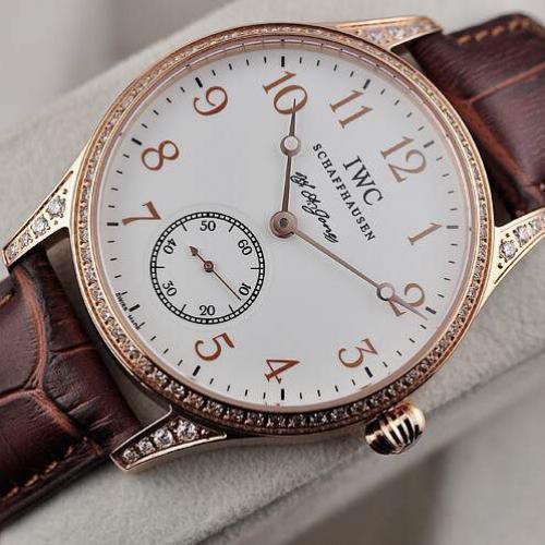 瑞士名表 一比一 万国IWC三针自动机械透底男表 18K玫瑰金白面手表 镶钻