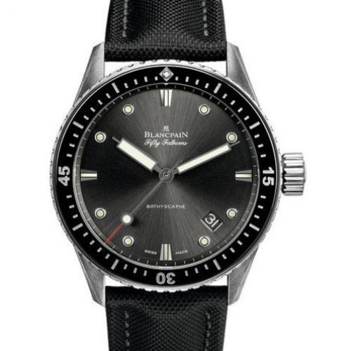宝珀Blancpain五十噚系列5000-1110-B52A  男士自动机械表  瑞士机芯 防水腕表