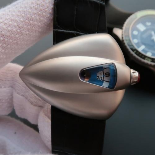 星际迷航》VSDeBethune腕表设计师以《星际迷航》(StarTrek)中的宇宙飞船