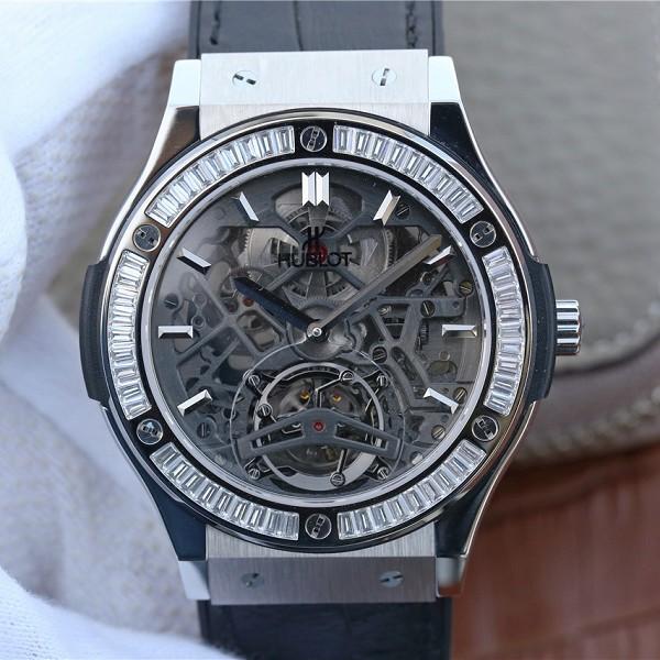 精仿表宇舶 精仿复刻宇舶经典融合系列潮流男士闪亮T钻18K白金 男士机械腕表